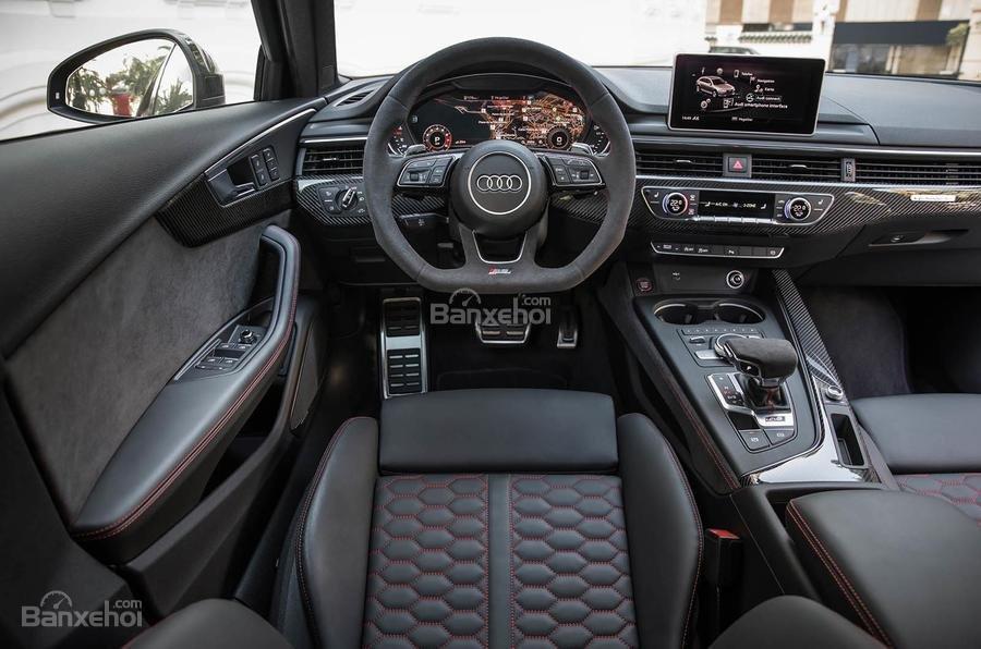 Đánh giá xe Audi RS4 Avant 2018: Nội thất xe.
