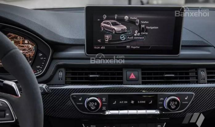 Đánh giá xe Audi RS4 Avant 2018: Màn hình giải trí 8.3 inch.