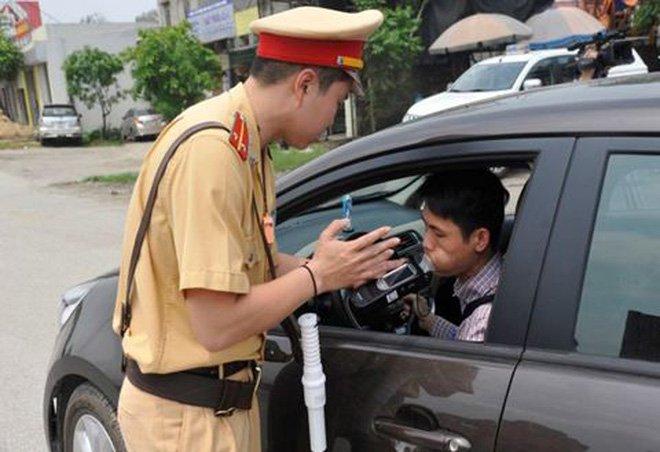 Mức phạt quy định đối với người điều khiển ô tô có uống rượu, bia 2