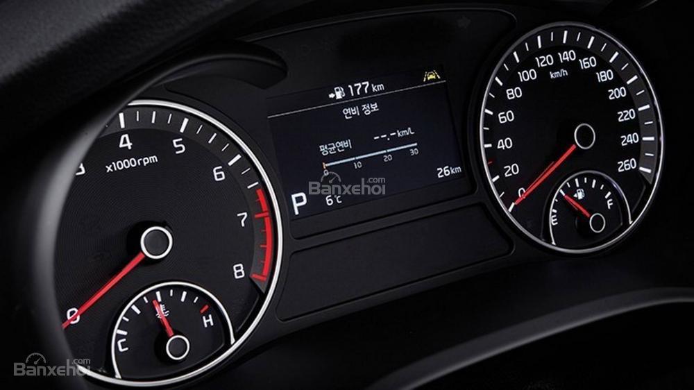 Đánh giá xe Kia Optima/ K5 2019: Cụm đồng hồ.