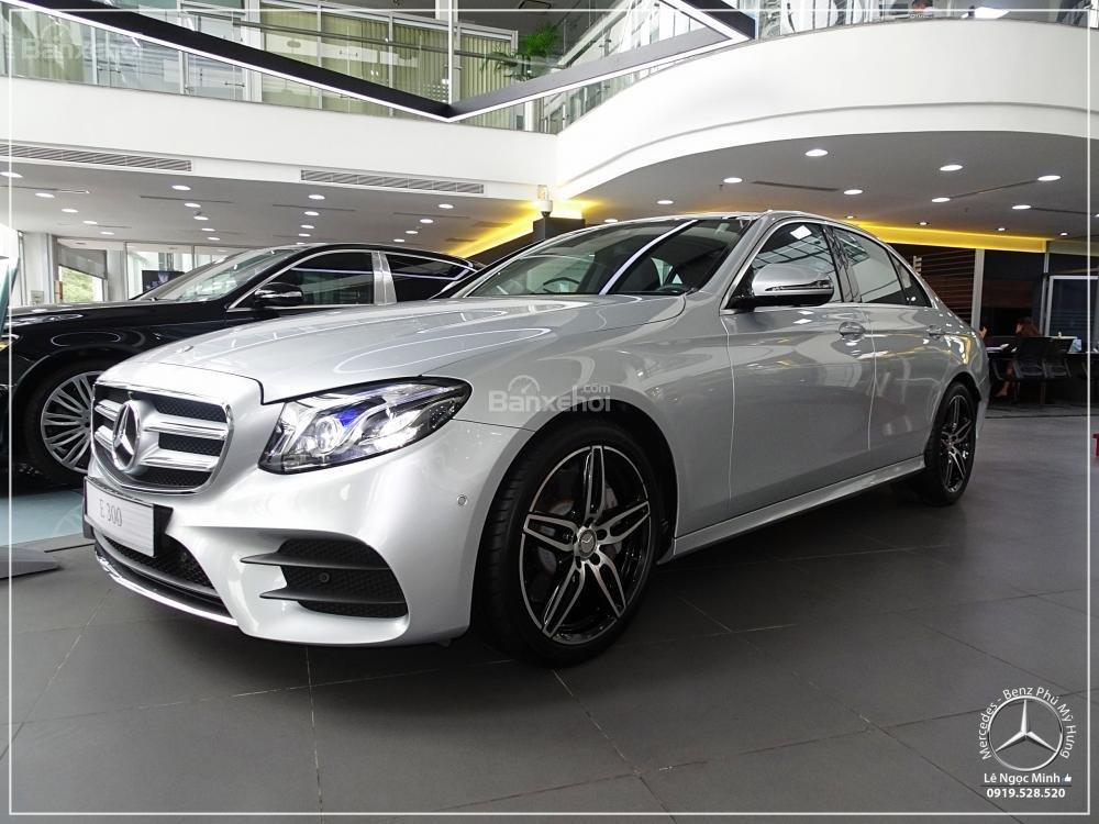 Bán Mercedes-Benz E300 AMG 2019 - Liên hệ đặt xe: 0919 528 520-3