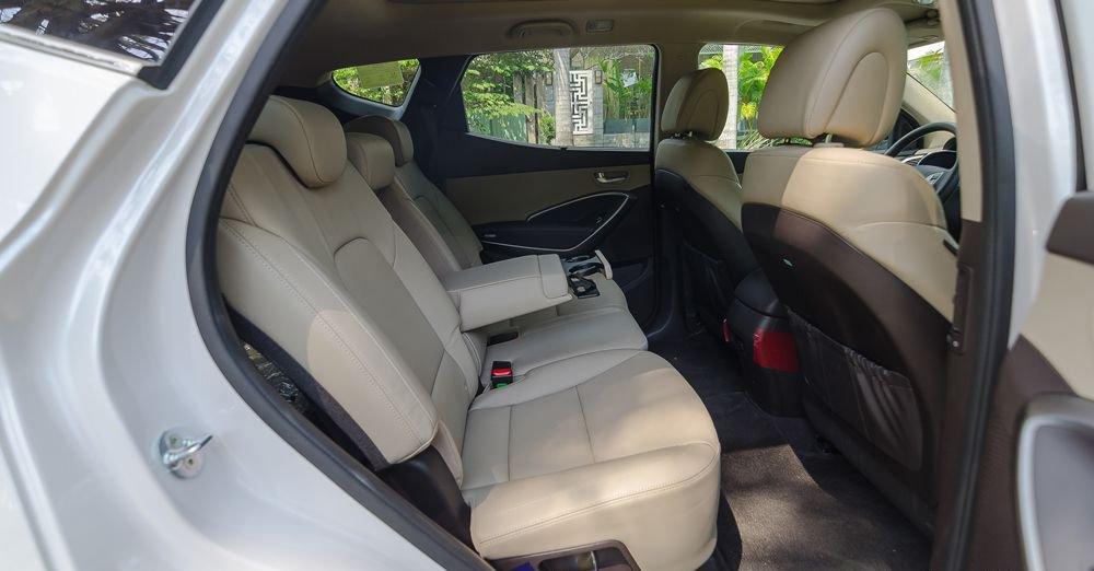 So sánh xe Kia Sorento 2018 và Hyundai Santa Fe 2018 về ghế xe 5