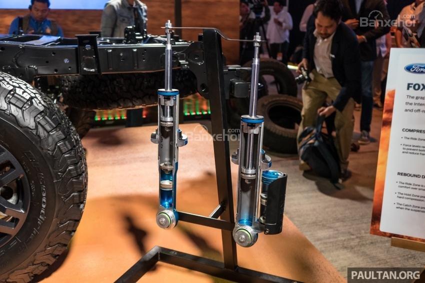 Ford Ranger Raptor 2019 có bộ giảm xóc Fox Racing Shox