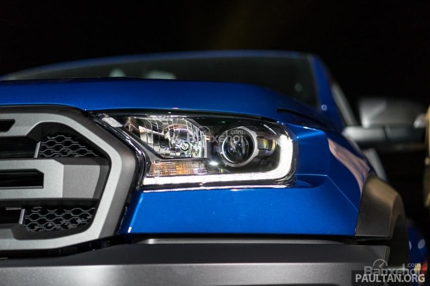 Đèn pha LED của Ford Ranger Raptor 2019 2