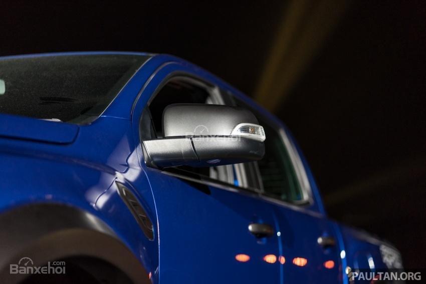 Gương chiếu hậu điều chỉnh điện của Ford Ranger Raptor 2019 2