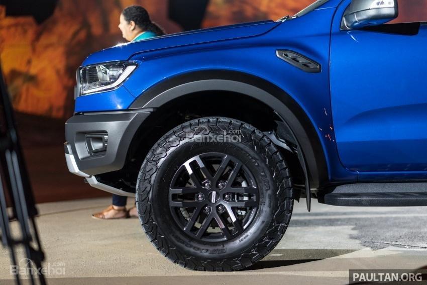 Mâm bánh 17 inch của Ford Ranger Raptor 2019 2