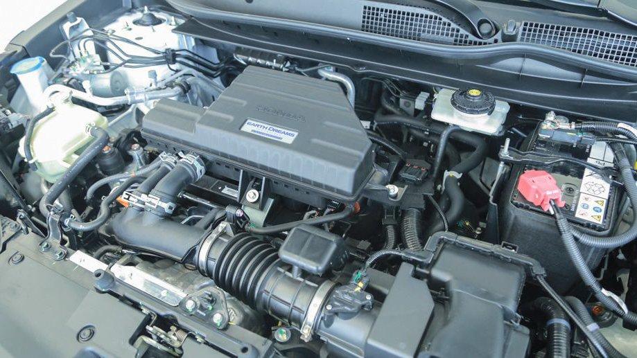 So sánh Mazda CX-5 2018 và Honda CR-V 2018 về vận hành: Ngang sức.