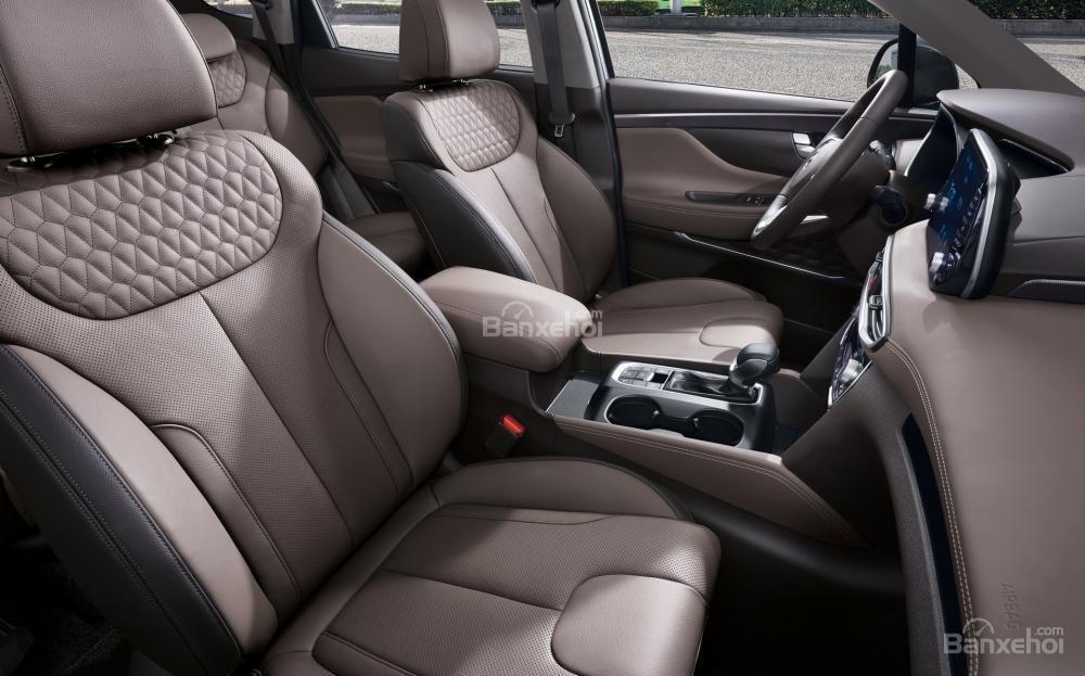 So sánh hình ảnh Hyundai Santa Fe 2019 và thế hệ cũ hiện tại A27