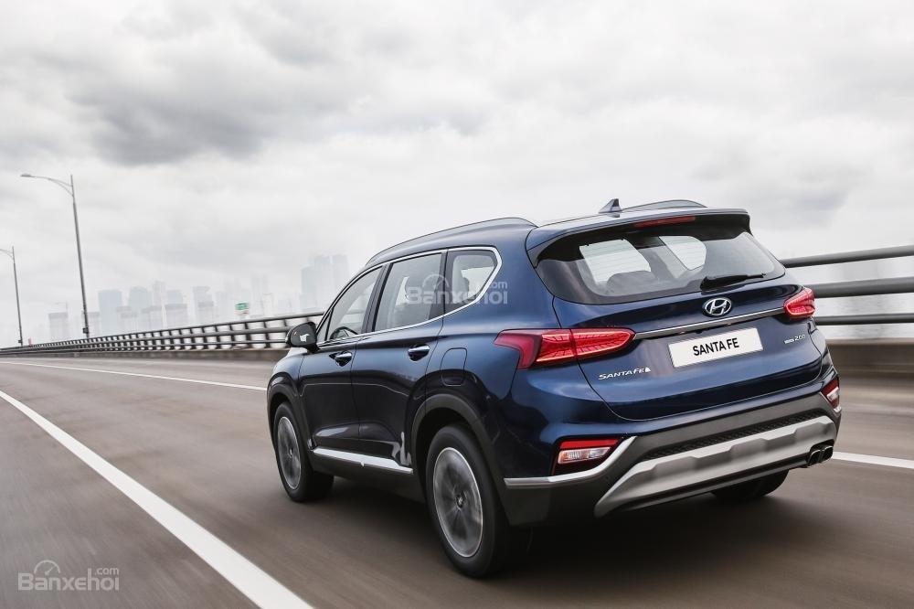 Đánh giá xe Hyundai Santa Fe 2019-2020 về cảm giác lái.