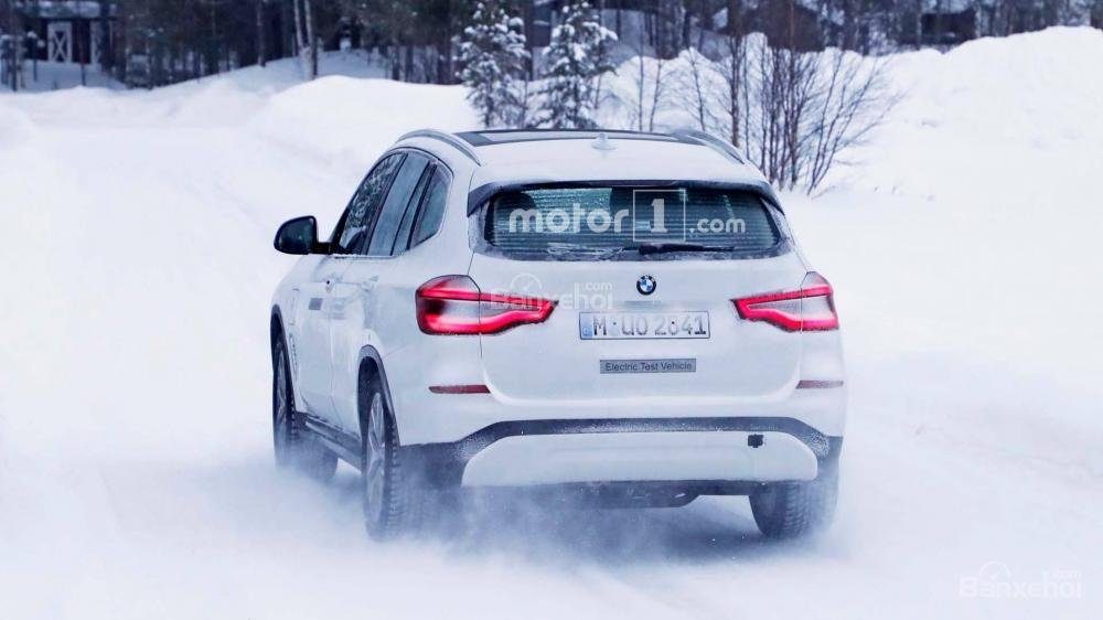 Xe điện BMW iX3 mới bị bắt gặp chạy thử hoàn toàn không ngụy trang - Ảnh 2.