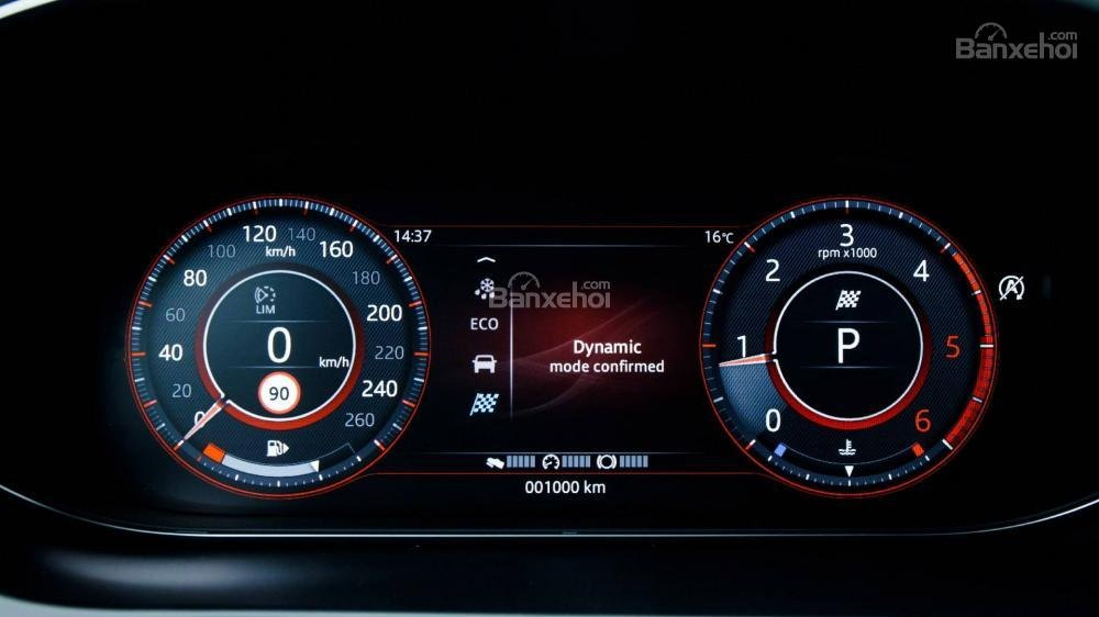 Đánh giá xe Jaguar E-Pace 2018 về cụm đồng hồ lái a3