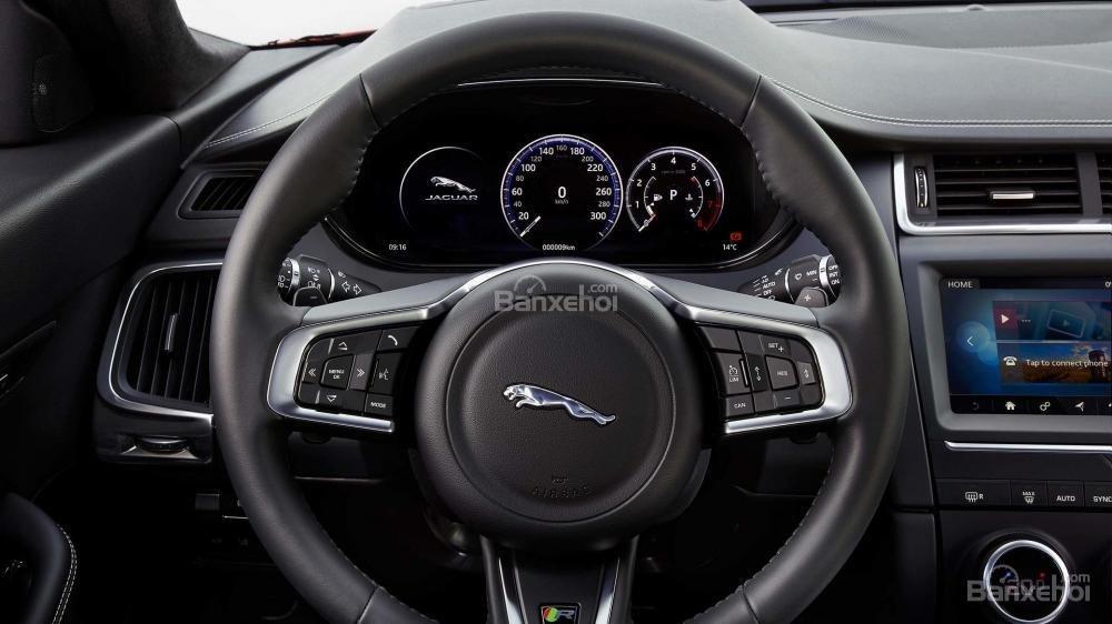 Vô-lăng xe Jaguar E-Pace 2018