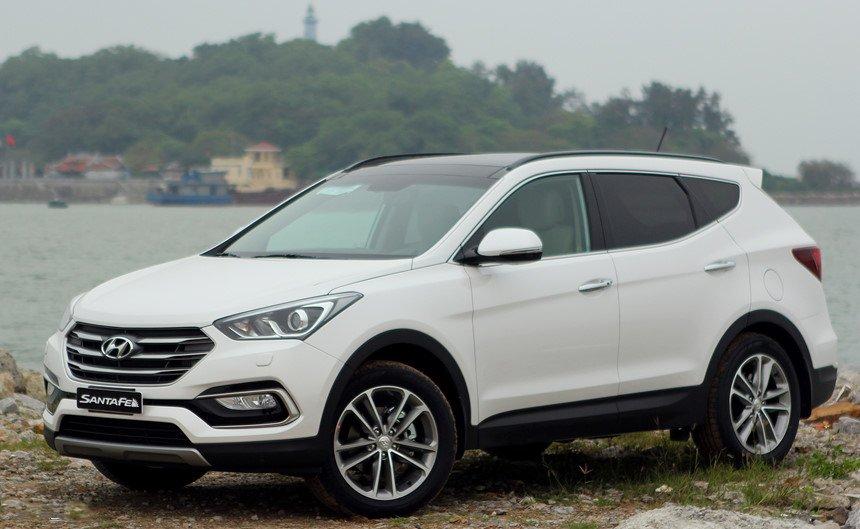 So sánh hình ảnh Hyundai Santa Fe 2019 và thế hệ cũ hiện tại a4