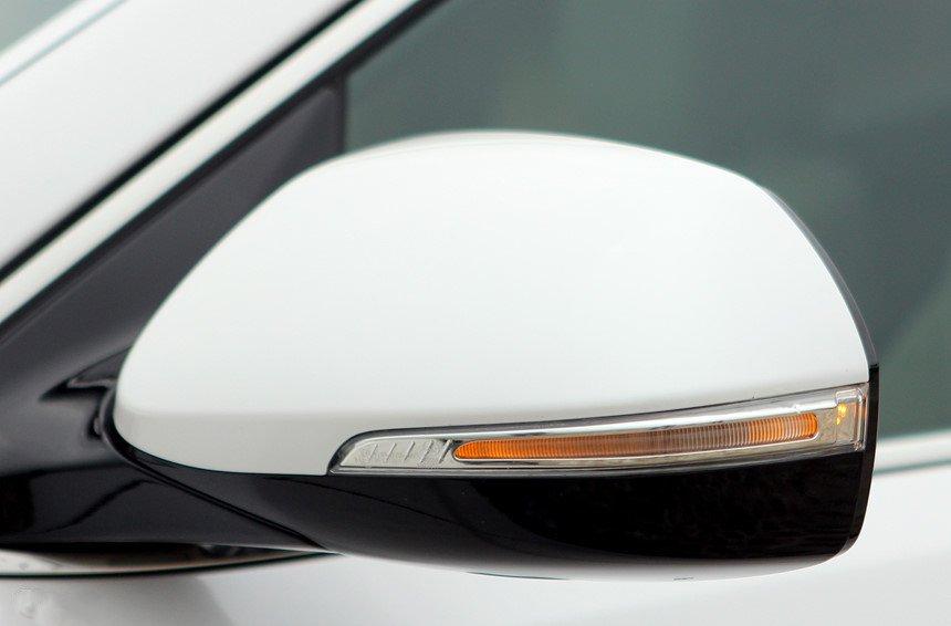 So sánh hình ảnh Hyundai Santa Fe 2019 và thế hệ cũ hiện tại a14