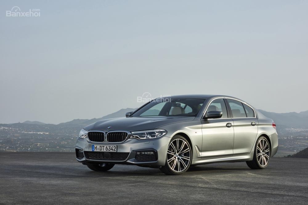 BMW 540i 2018.
