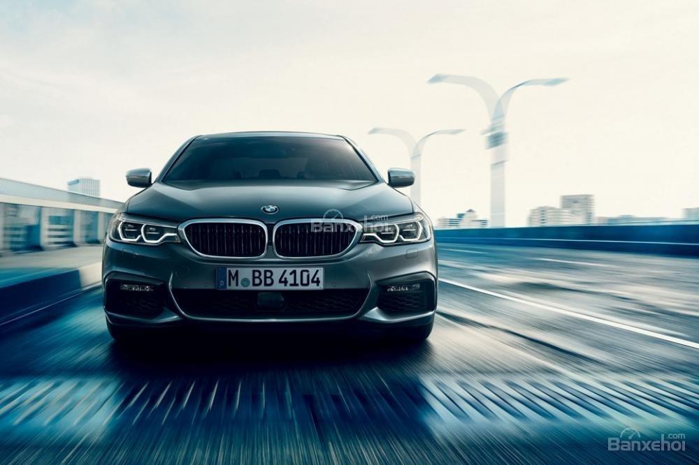 Đầu xe BMW 5-Series 2018