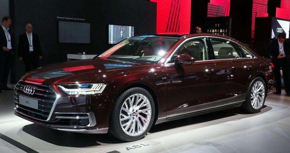Ảnh chụp trước xe Audi A8 2018