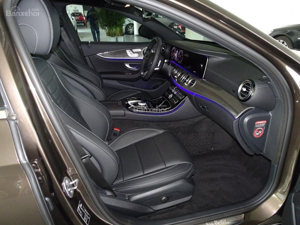 Bán Mercedes-Benz E300 AMG model 2019 - Liên hệ đặt hàng: 0919 528 520-9