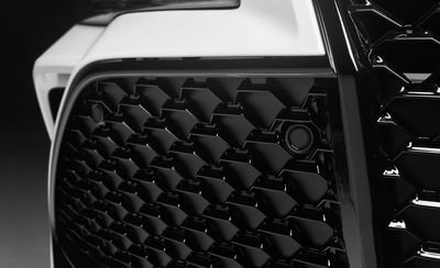 Đánh giá xe Toyota Avalon 2019: Lưới tản nhiệt.