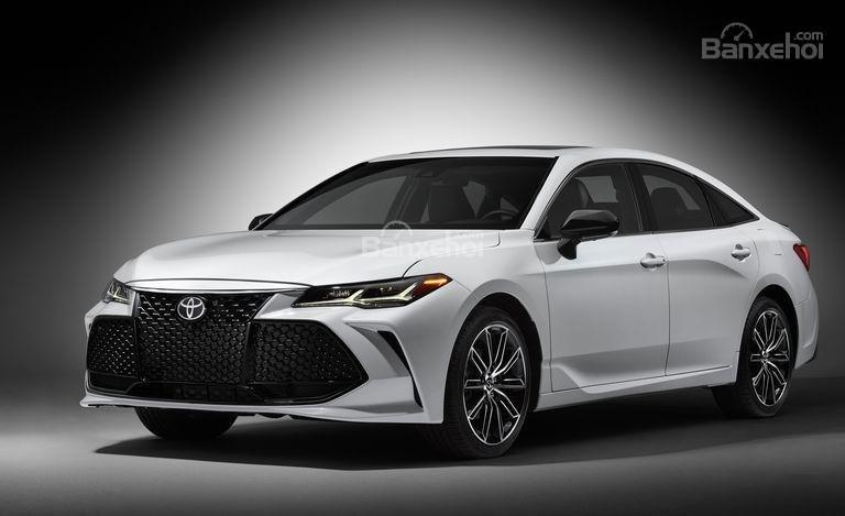 Đánh giá xe Toyota Avalon 2019.