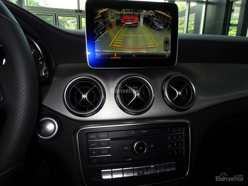Bán Mercedes Benz GLA 200 New 2019 - Xe SUV nhập khẩu 5 chỗ cao cấp - Hỗ trợ Bank 80% - LH: 0919 528 520-10
