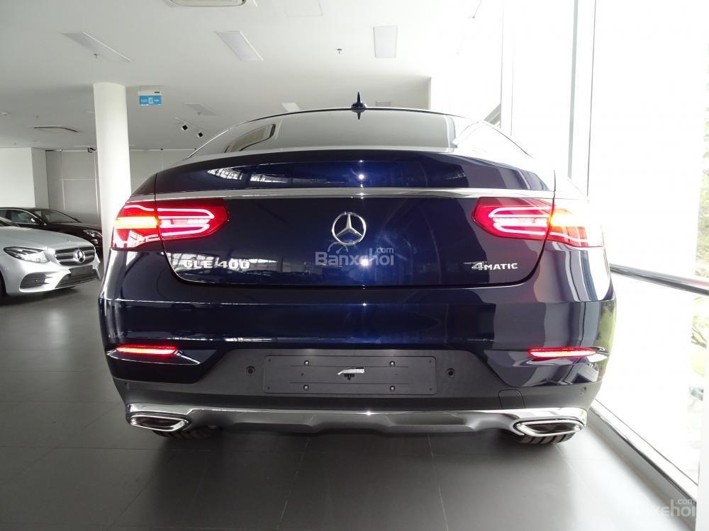 Bán Mercedes Benz GLE400 coupe - SUV 5 chỗ - Hỗ trợ ngân hàng 80%, đưa trước 1,1 tỷ nhận xe. LH: 0919 528 520-4