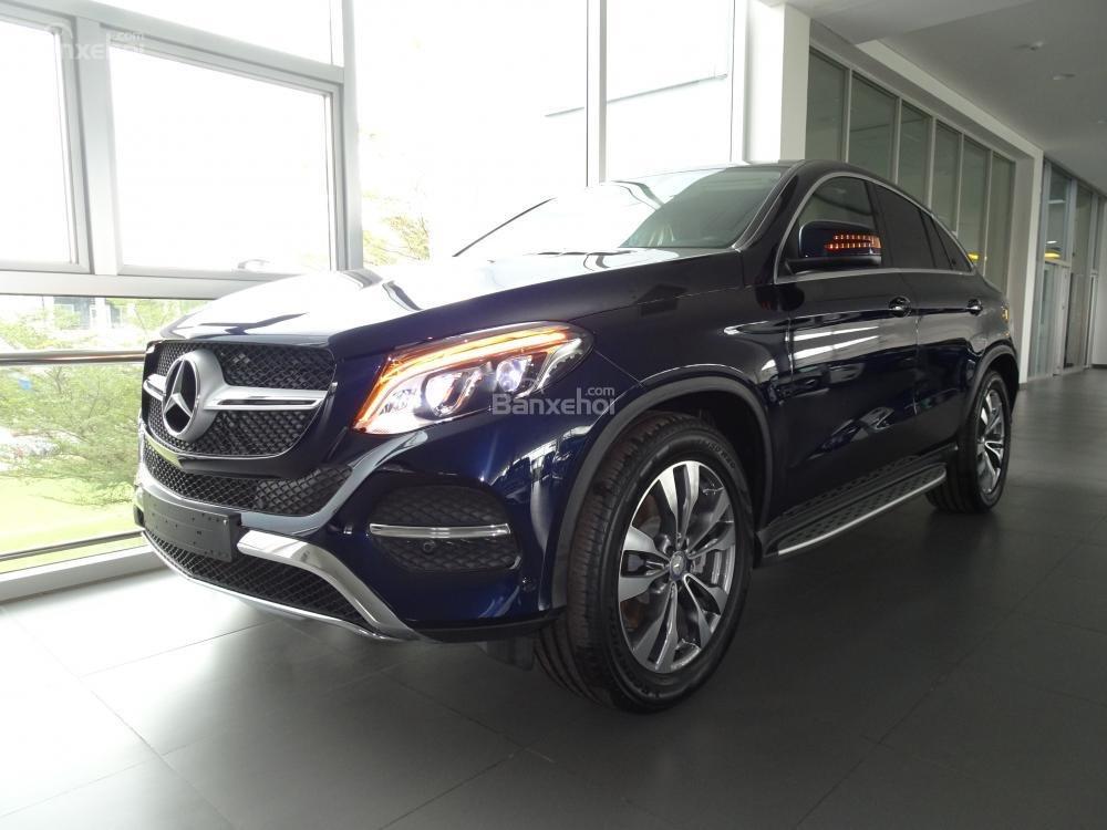 Bán Mercedes Benz GLE400 coupe - SUV 5 chỗ - Hỗ trợ ngân hàng 80%, đưa trước 1,1 tỷ nhận xe. LH: 0919 528 520-11