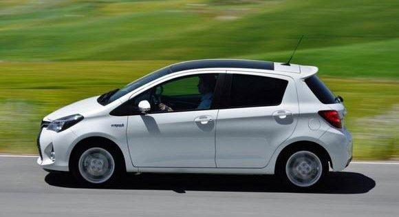 So sánh xe Honda Jazz 2018 và Toyota Yaris 2017 về thân xe 3