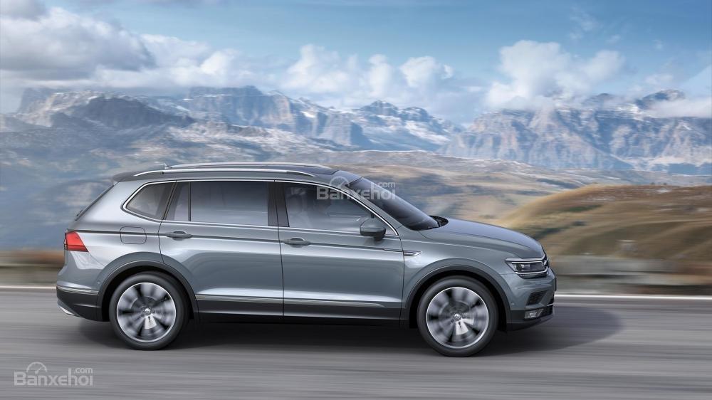 Volkswagen Tiguan Allspace 2018 cho cảm giác lái mượt mà, chính xác và êm ái/