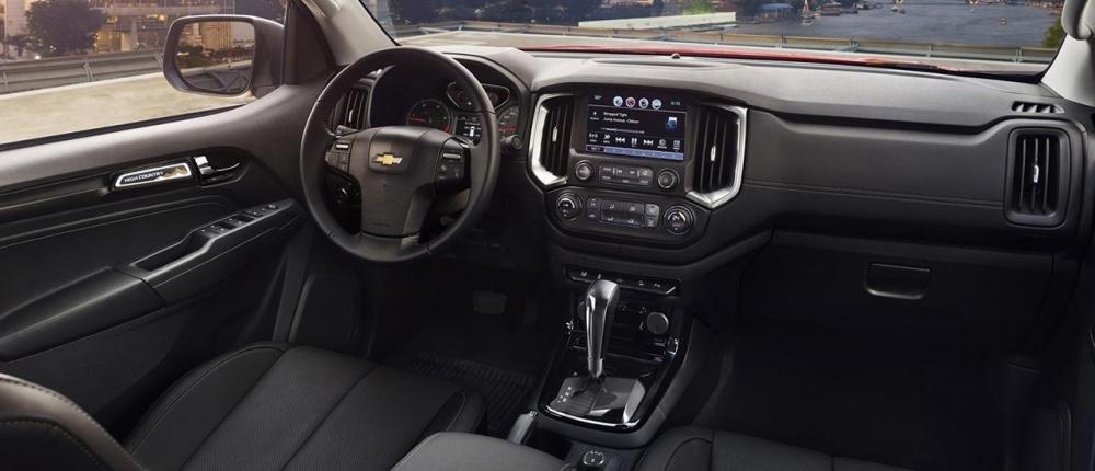 Trong phân khúc, chỉ có Chevrolet Colorado 2020 trang bị tính năng khởi động động cơ từ xa