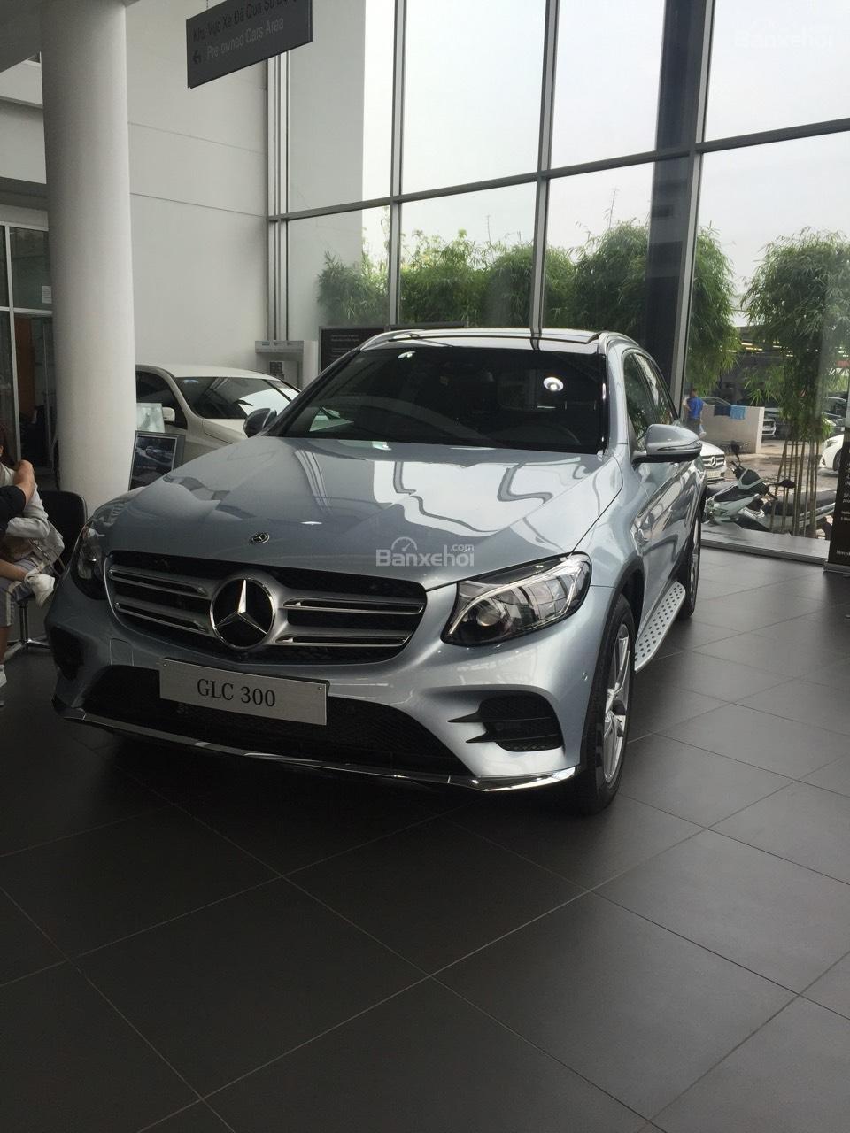 Bán Mercedes GLC 300 2019, siêu thể thao, ưu đãi cực hot-5