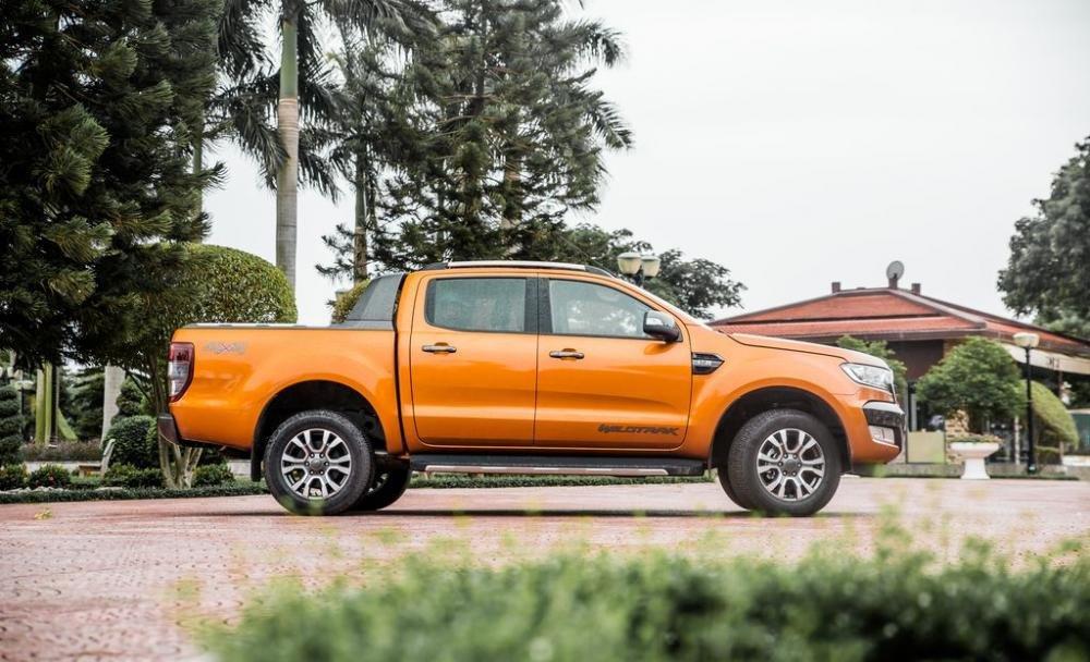 So sánh xe Mitsubishi Triton Athlete 2018 và Ford Ranger Wildtrak 2018 về thân xe 3