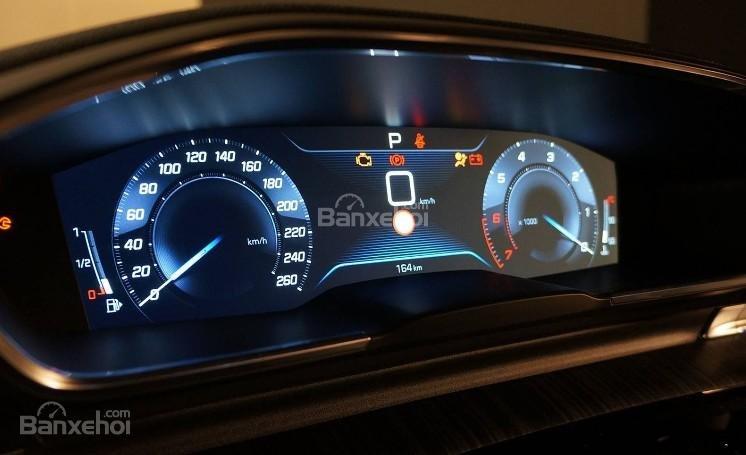 Đánh giá xe Peugeot 508 2019: Cụm đồng hồ.