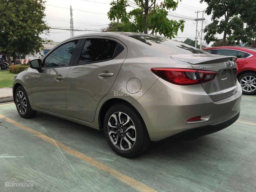 Bán Mazda 2 Sedan giá tốt tháng 5, xe giao ngay, trả góp tối đa - Liên hệ: 0938 900 820-5