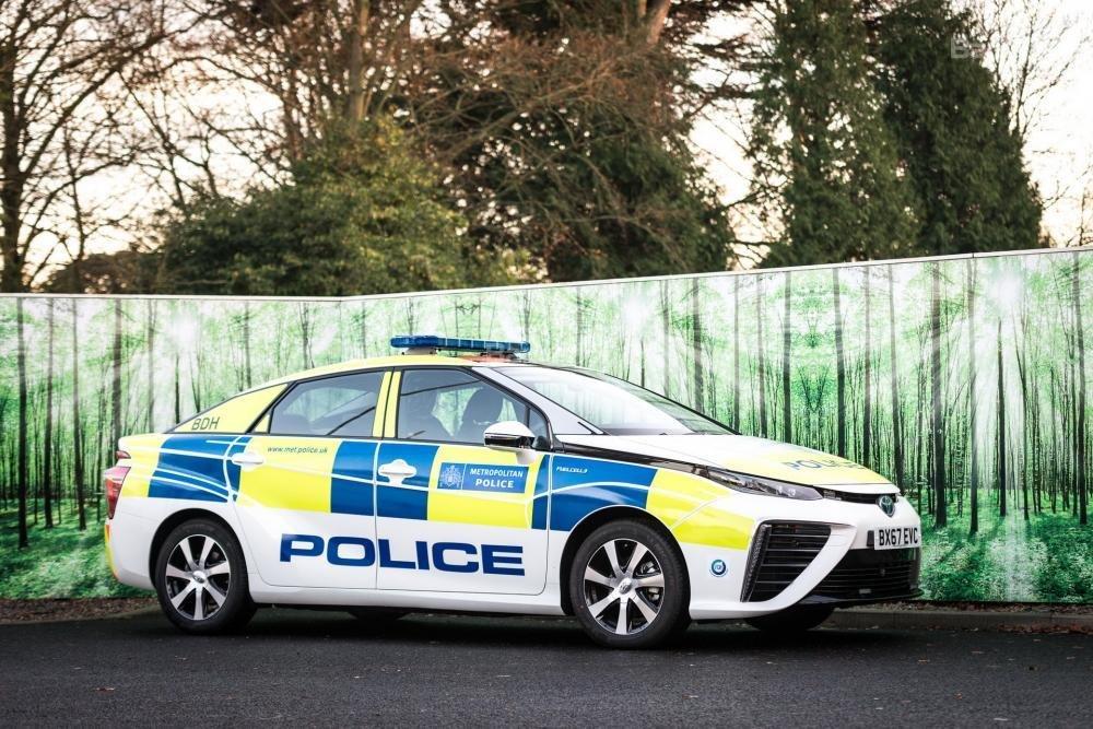 Toyota Mirai đến tay cảnh sát London - 2