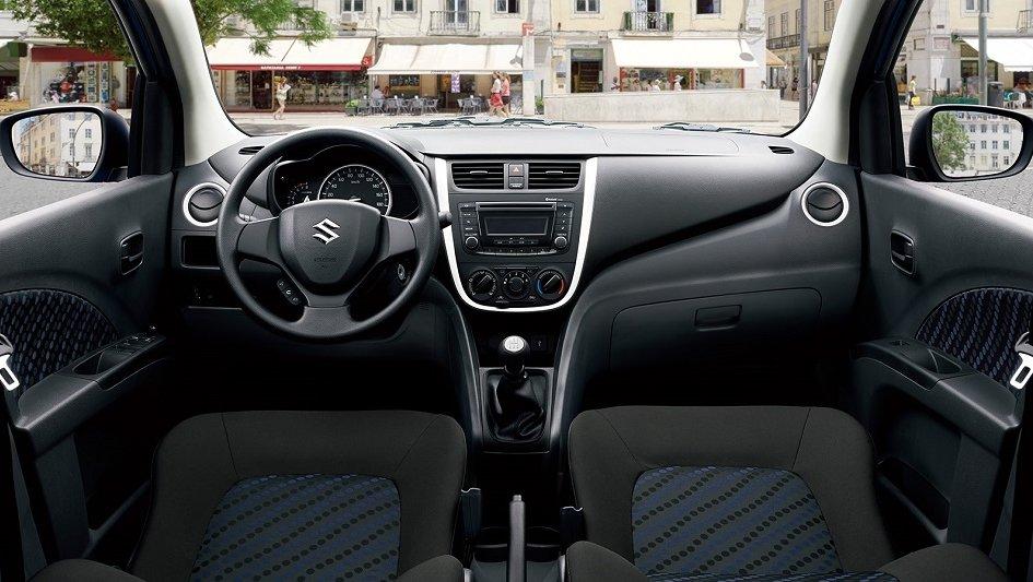 So sánh Suzuki Celerio 2018 và Hyundai Grand i10 2018 về không gian xe 1