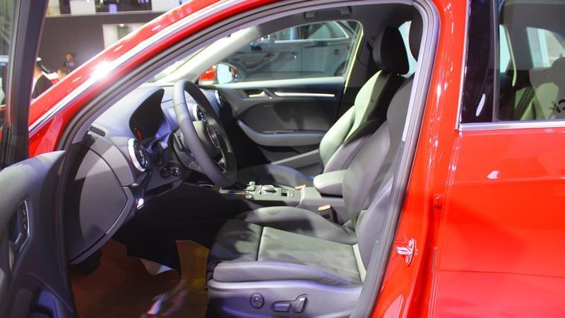 Ảnh chụp ghế lái xe Audi A3 2018