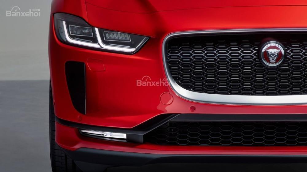 Đánh giá xe Jaguar I-Pace 2019: Đèn sương mù.