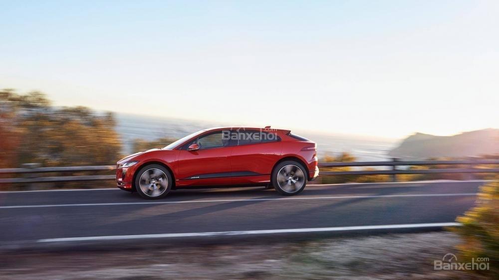 Đánh giá xe Jaguar I-Pace 2019: Thân xe.