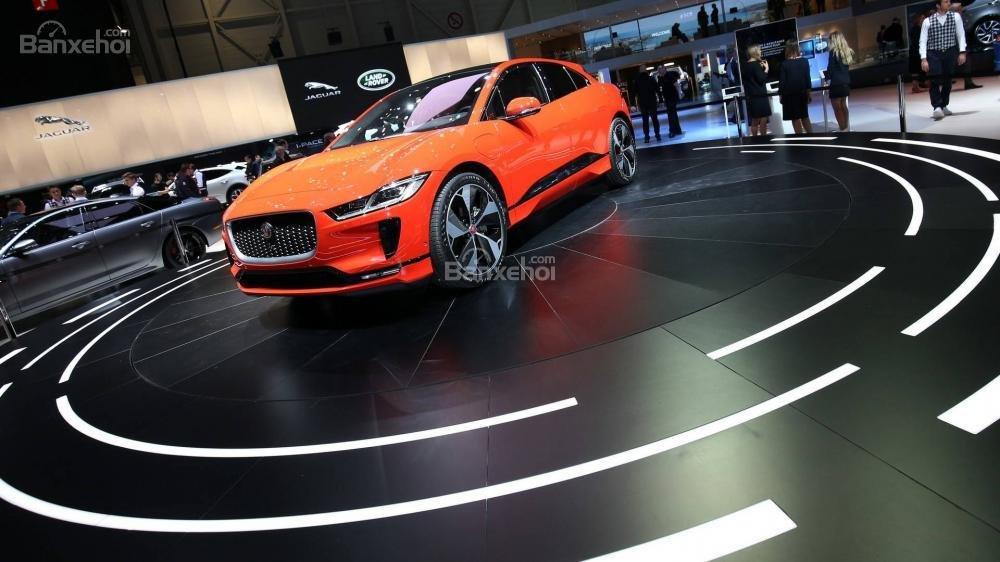 Đánh giá xe Jaguar I-Pace 2019,