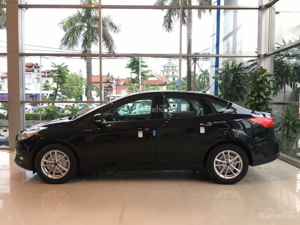 Ford Thủ Đô bán xe Ford Focus số tự động, trả góp, đủ màu, giá rẻ nhất toàn quốc - LH 0975434628-2