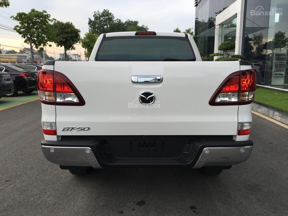 Bán tải Mazda BT-50 2.2 AT Facelift, giá tốt nhất Hà Nội - Hotline: 0973.560.137 (4)