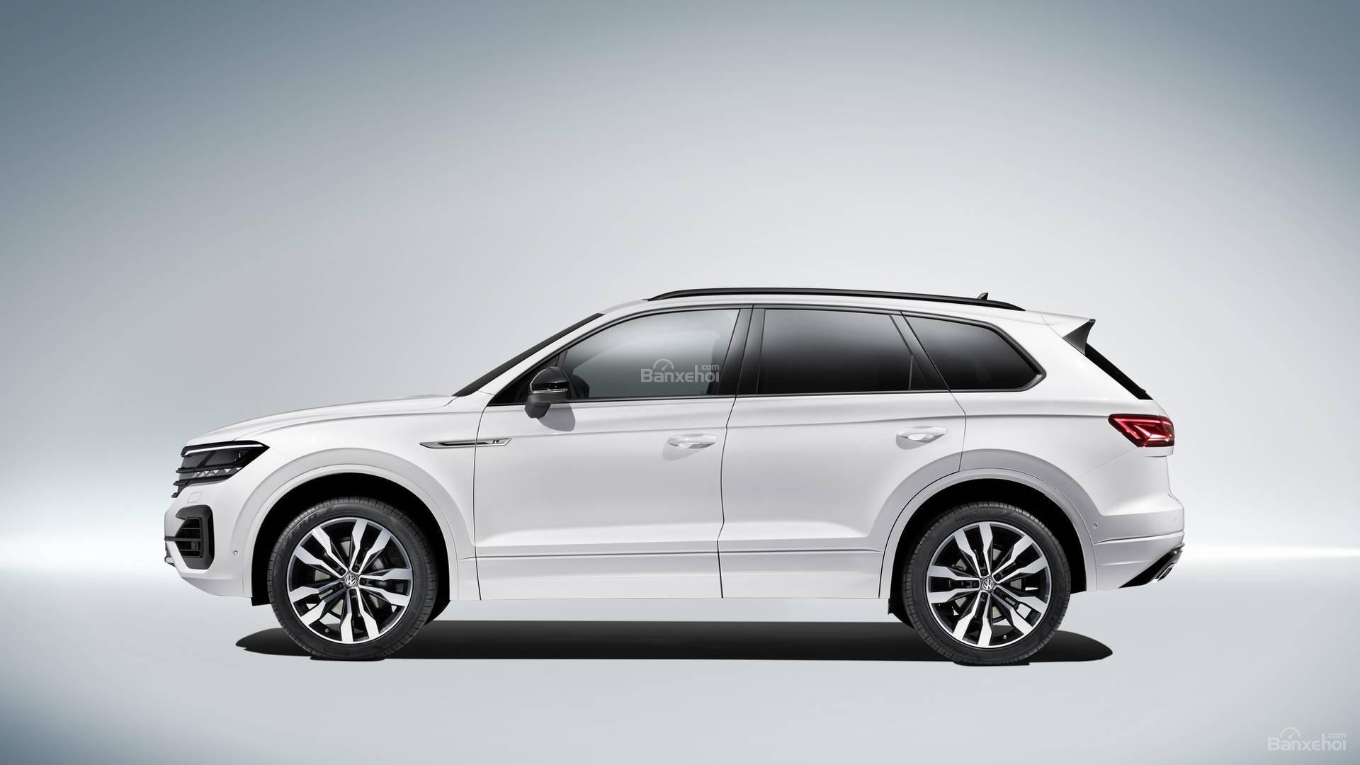 Đánh giá xe Volkswagen Touareg 2019 về thiết kế thân xe: lớn hơn phiên bản trước 2