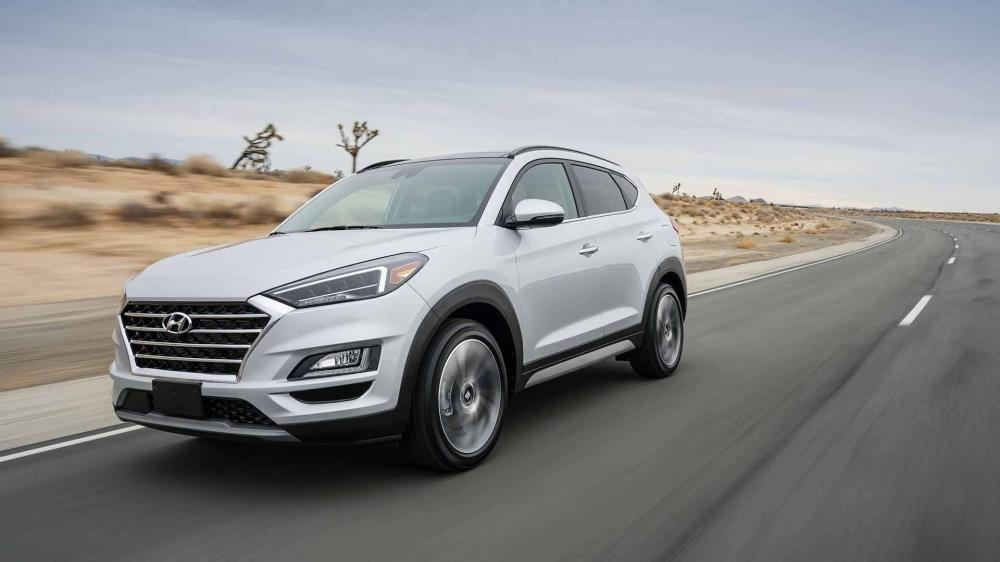 So sánh Hyundai Tucson 2019 mới và Hyundai Tucson 2018 cũ về ngoại thất a1