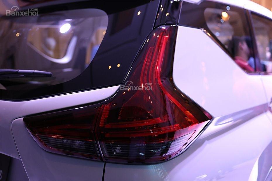 Đèn hậu Mitsubishi Xpander 2018 a1