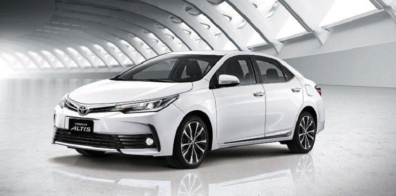 So sánh xe Honda Civic 1.8E 2018 và Toyota Corolla Altis 1.8G 2018 cùng giá dưới 760 triệu đồng 3