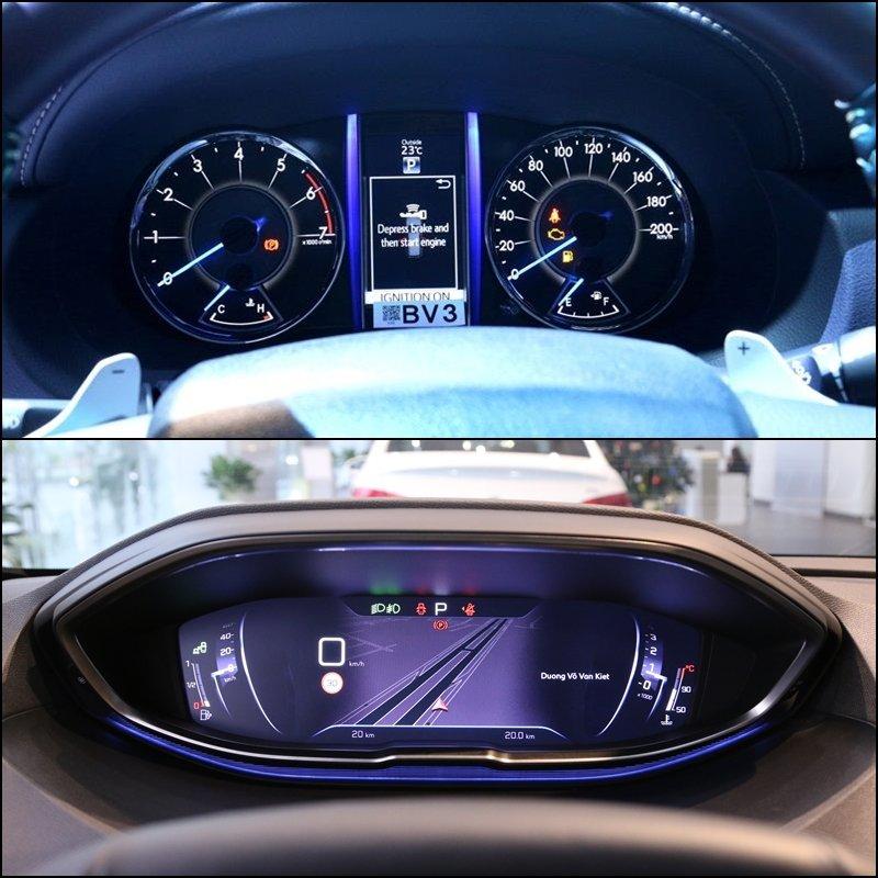 So sánh xe Toyota Fortuner 2018 và Peugeot 5008 2018 về trang bị giải trí.