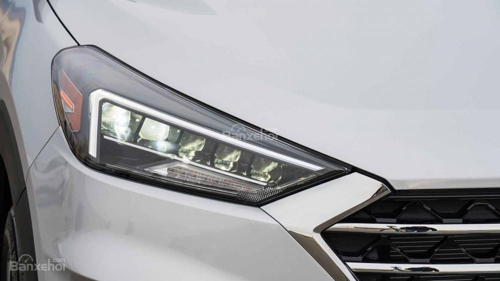 Đèn pha xe Hyundai Tucson 2019