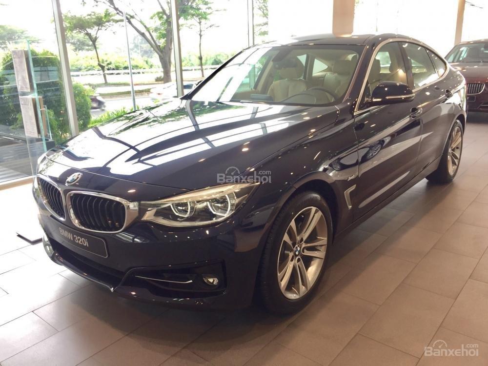 0938906047- BMW 3 Series GT 2019 giá bán 2 tỷ 029 triệu đồng. Xe nhập khẩu mới 100%-0