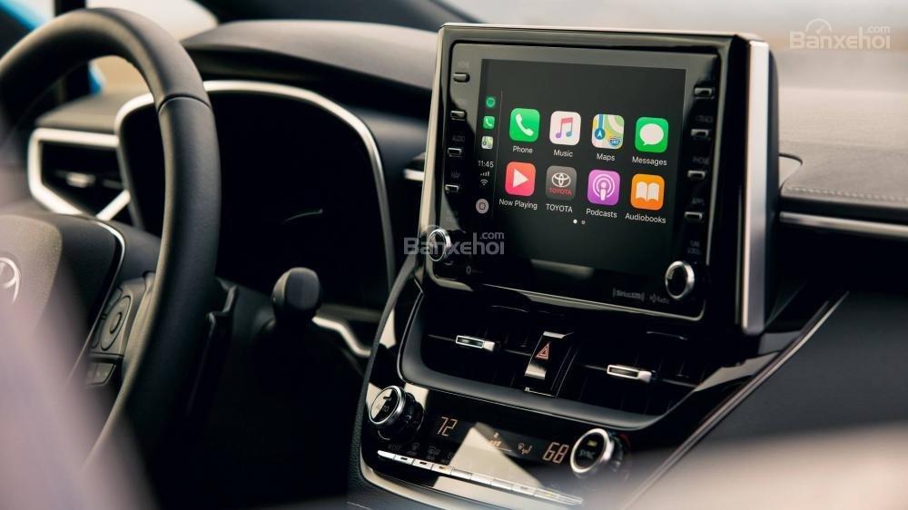 Đánh giá xe Toyota Corolla Hatchback 2019: Màn hình giải trí 8 inch độ phân giải cao,